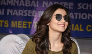 Photo of Alia Bhatt in a miss matched outfit