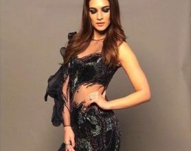 Photo of Kriti Sanon's dramatic outfit is all about ruffles