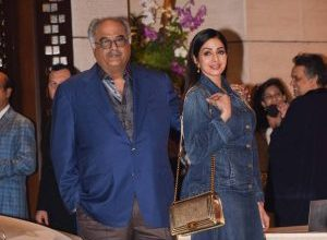 Photo of Sridevi's denim outfit misses the mark BIG time