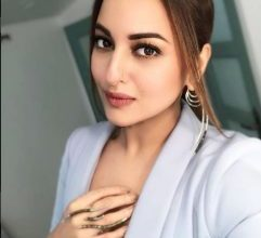 Photo of Sonakshi Sinha looks elegant in a pale blue suit from Lavish Alice