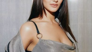 Photo of Vaani Kapoor looks gorgeous in this silver pantsuit