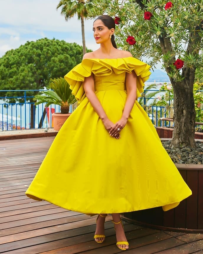 Sonam Kapoor Ahuja looked stunning in the yellow gown at Cannes