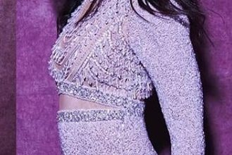 Photo of Kareena Kapoor Khan flaunts her curves in this lilac gown