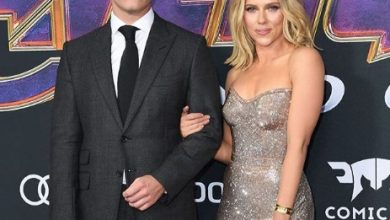 Photo of Scarlett Johansson gets engaged with Colin Jost