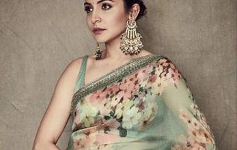 Photo of Anushka Sharma looks gorgeous in this Sabyasachi saree