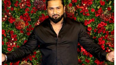 Yo Yo Honey Singh accused for vulgar lyrics in his new song