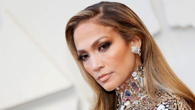 Photo of Jennifer Lopez to star in The Godmother