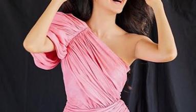 Kiara Advani looks lovely in one-shoulder mini dress