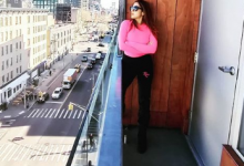 Sara Ali Khan looks hot in pink turtleneck and black pants