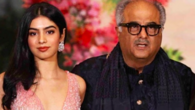 Photo of Boney Kapoor and daughter Khushi Kapoor spotted at the Mumbai airport