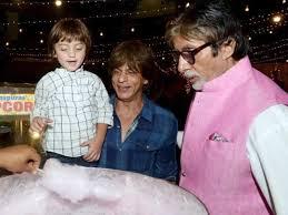 Photo of When Shah Rukh Khan's son AbRam was convinced that Amitabh Bachchan was his grandfather