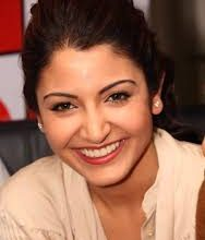 Photo of Anushka Sharma Believes that Theatre-Watching Experience Will Never be Replaced