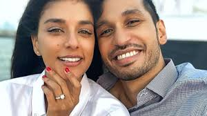 Photo of Arjun Kanungo gets engaged to Carla Dennis