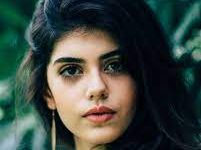 Photo of Sanjana Sanghi urges the youth to donate blood before getting vaccinated