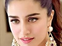 Photo of Shraddha Kapoor to play a double role in Chaalbaaz In London