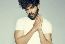 Photo of Kartik Aaryan gives out a helpline number for pregnant women in need